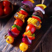 Bunte Gemüse-Spieße, fein mariniert